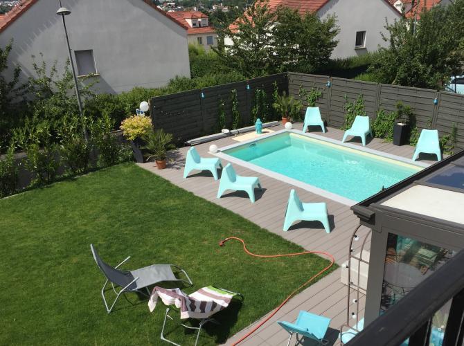 Privatisation de piscine aux portes de Paris avec plancha pour une POOL PARTY