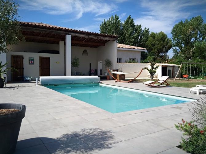 Belle piscine à 10km de Montpellier