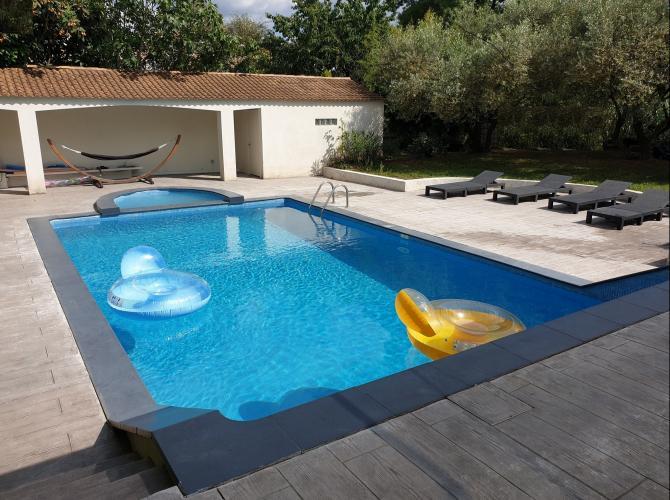 Superbe piscine à 20km de Montpellier