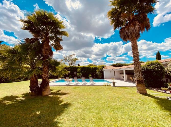 superbe piscine à 20min de Montpellier