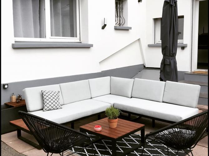 Grande piscine avec terrasse, jardin et barbecue à 5min de Mulhouse