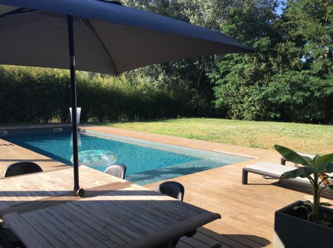 Belle piscine à deux pas de Toulouse (Pin Balma)