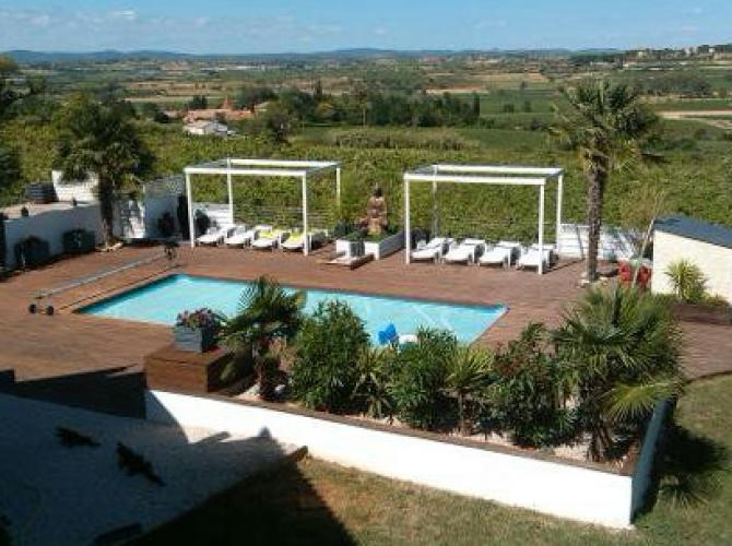 superbe piscine à 15min de Béziers