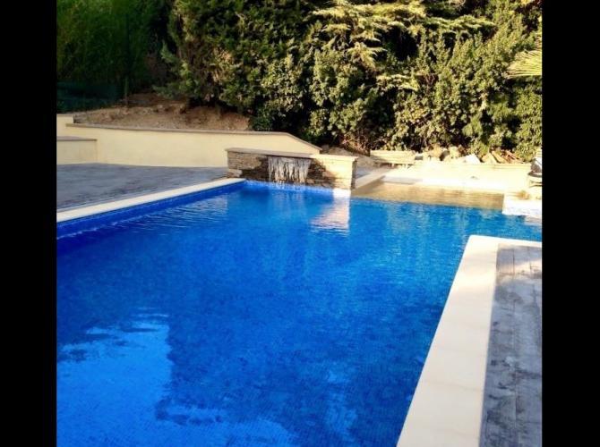 Privatisation d'une belle piscine sur Marseille