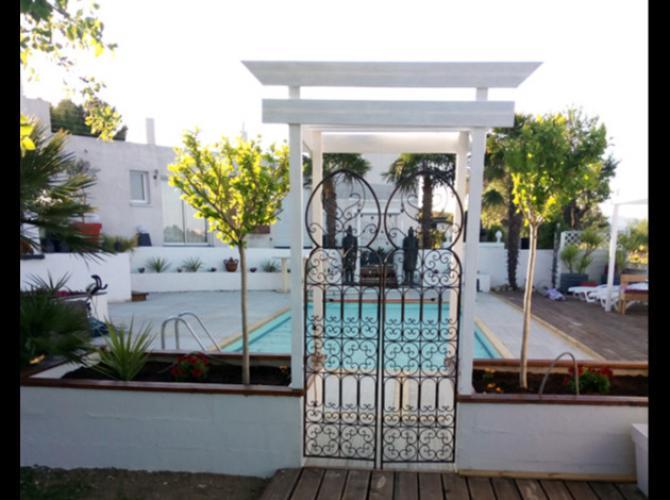 piscine sans vis-à-vis