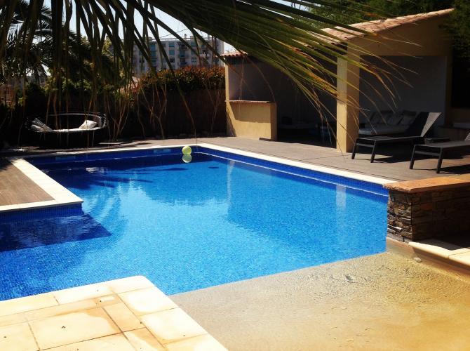 Belle piscine sur Marseille
