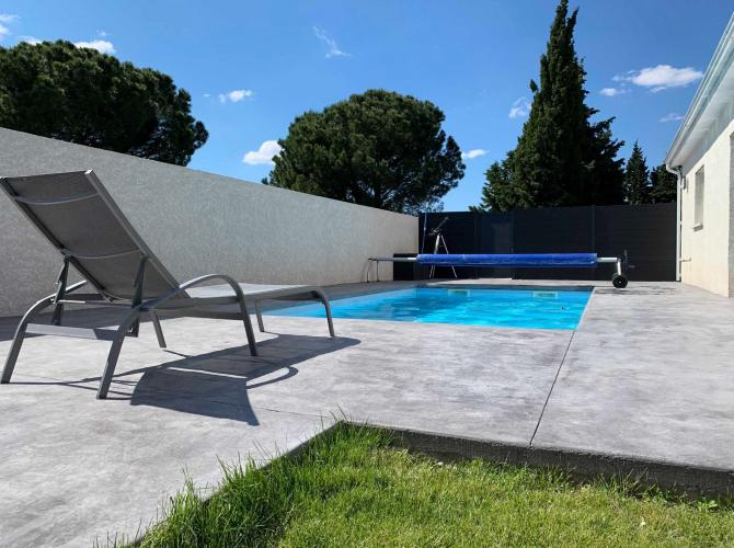 belle piscine à perpignan