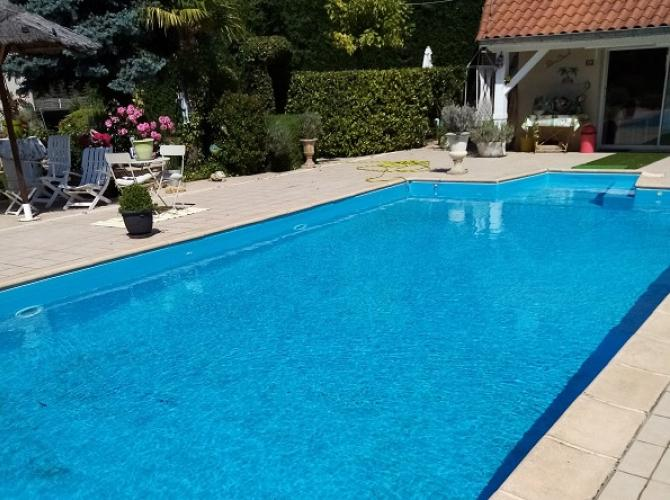 Piscine à Mably