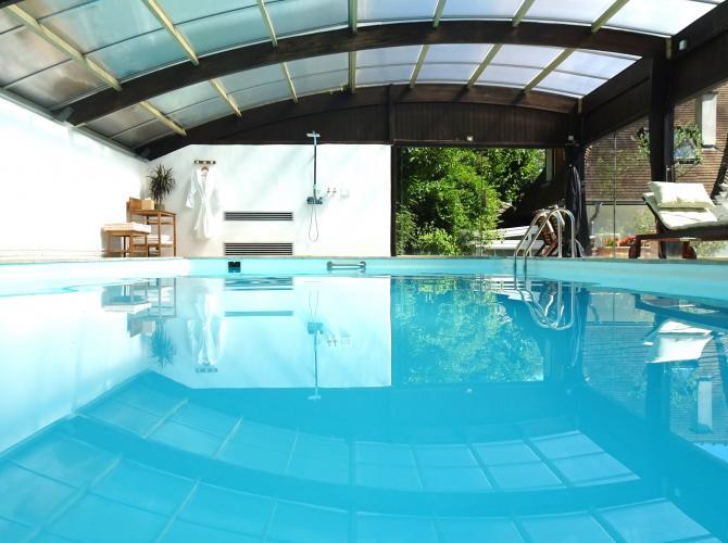 piscine 1_edited.jpg