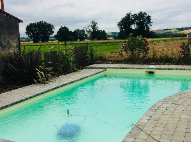 piscine proche Toulouse Escalquens.jpg