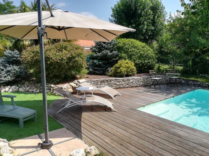 Belle piscine dans la verdure 20min de Toulouse