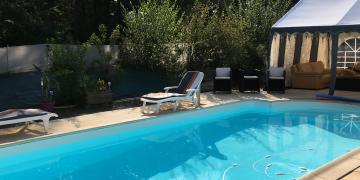 Belle piscine à Clisson près de Nantes