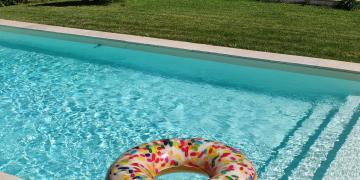 Privatisation d'une belle piscine ensoleillée dans un endroit calme à 20min d'Aix-en-Provence